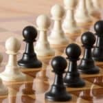 How Do The Pawns Move In A Chess Game?