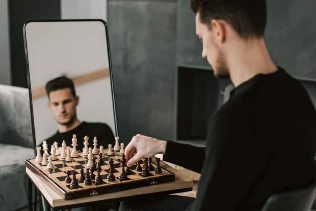 can you beat yourself at chess